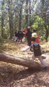 kids_hiking